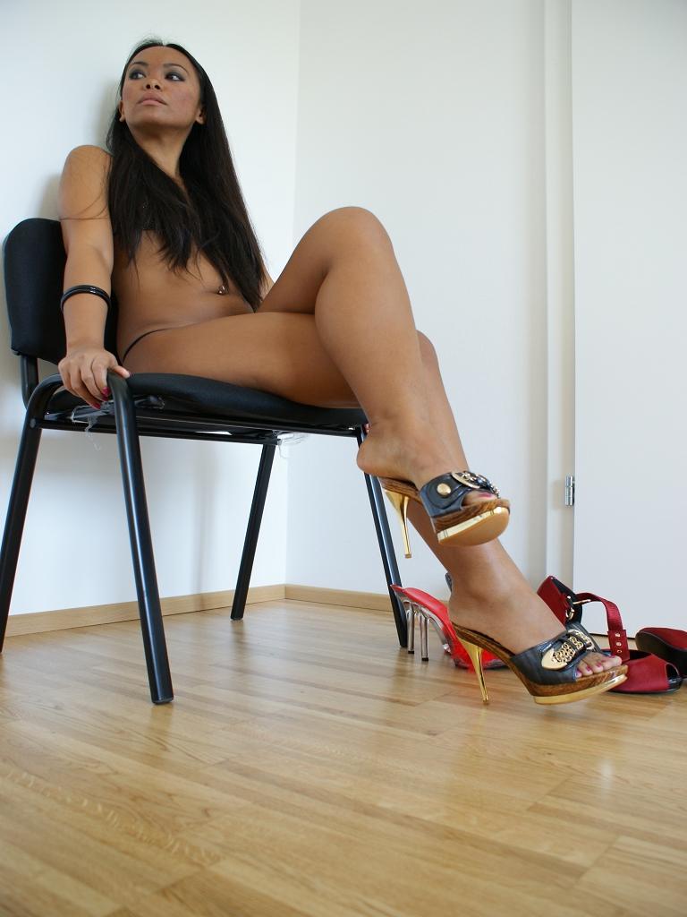 Shoe Play 17