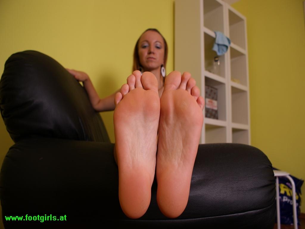 Foot Play 33