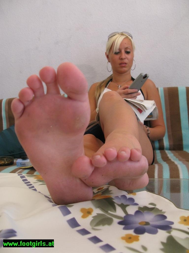 Foot Play 16