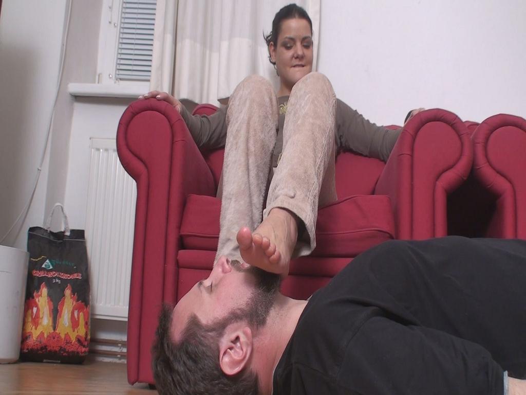 Feet Smelling 145