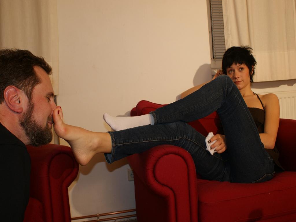 Feet Smelling 143