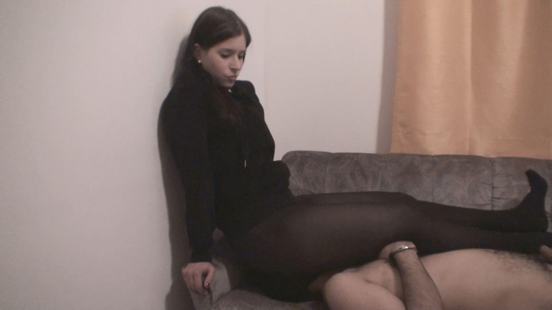 Nylon Sitting 208