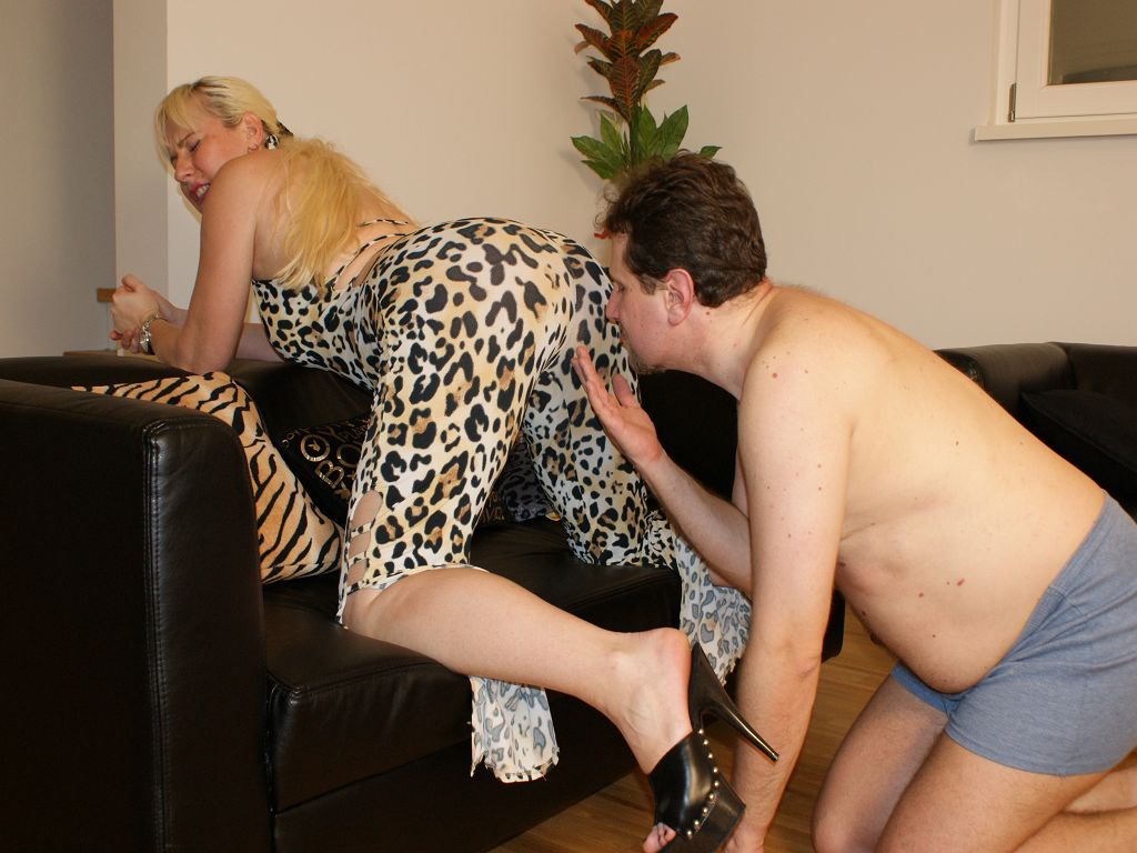 Humiliation 89